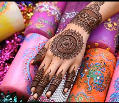 Henna designs on fingers