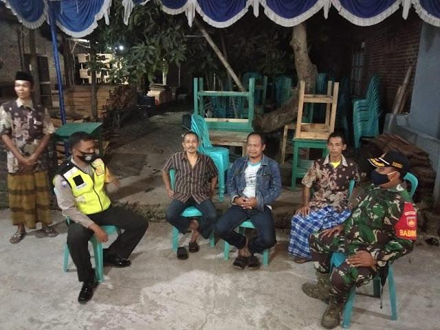 Mempererat Kemanunggalan TNI-Rakyat Babinsa Koramil 21 Juwiring Lakukan Anjangsana