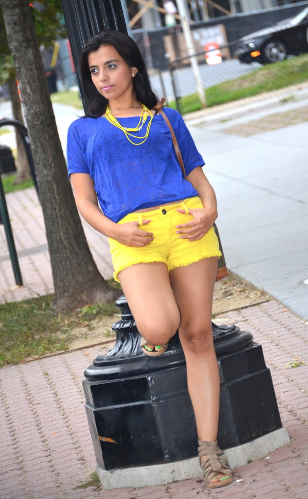Yellow Shorts and Saco Bag