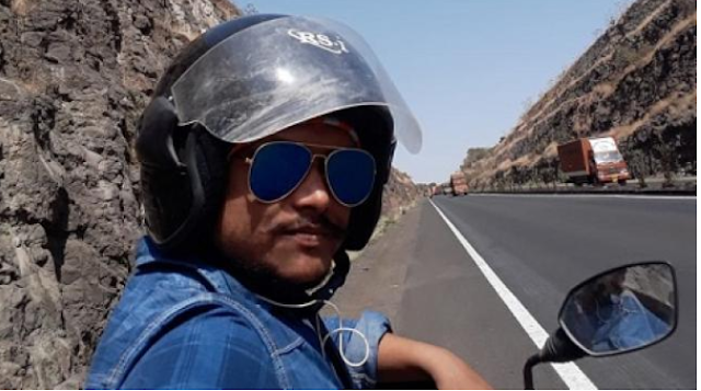 Corona: Engineer reached home by driving 1700 km scooty from Maharashtra.