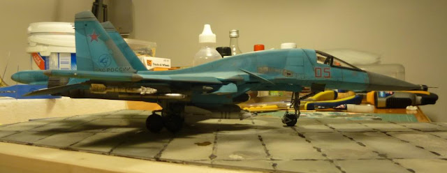 Scale Model Videos: Project References: Italeri 1:72 SU-34 Fullback