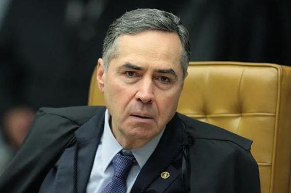 Ministro Luís Roberto Barroso diz que não vê conflito entre Poderes