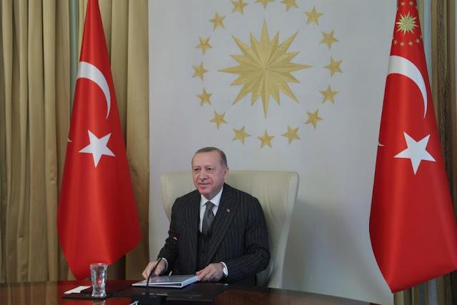 Bloomberg: Ο Ερντογάν «διώχνει» τους επενδυτές από την Τουρκία