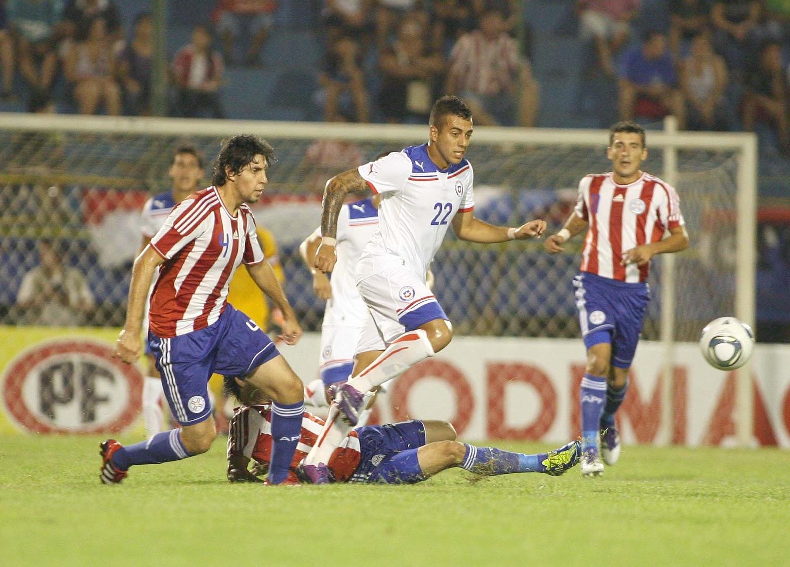 Paraguay y Chile en partido amistoso, 15 de febrero de 2012
