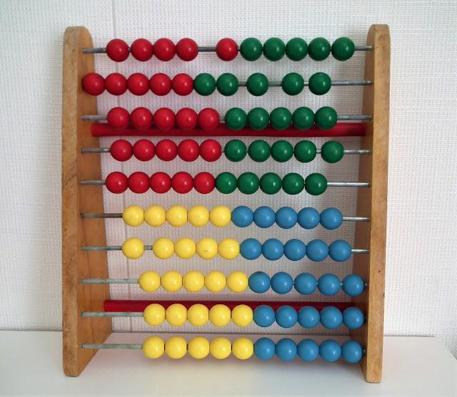 Helmitaulu, punainen, vihreä, keltainen, sininen, retro