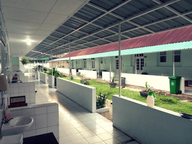 Ruangan isolasi pasien COVID-19 Rumah Sakit Dr. Pirngadi Kota Medan