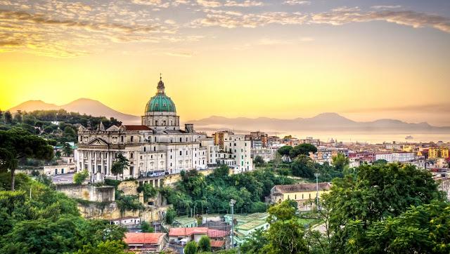 Localidades para ficar em Nápoles