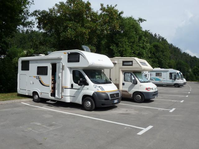 Foto del Parking de autocaravanas de las cuevas de Postojna. Eslovenia. Ruta en autocaravana por Eslovenia. Caravaneros