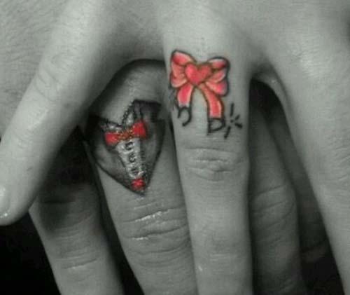 wedding ring tattoo ideas çiftler için yüzük parmağı dövmeleri