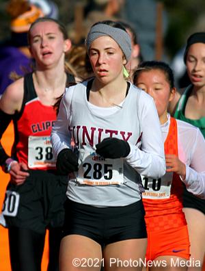 Malia Fairbanks runs at 2019 IHSA state cross country meet