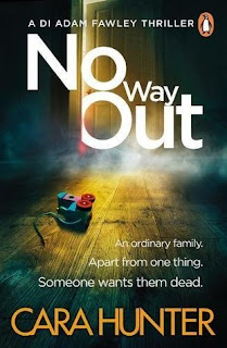 Book cover of No Way Out by Cara Hunter