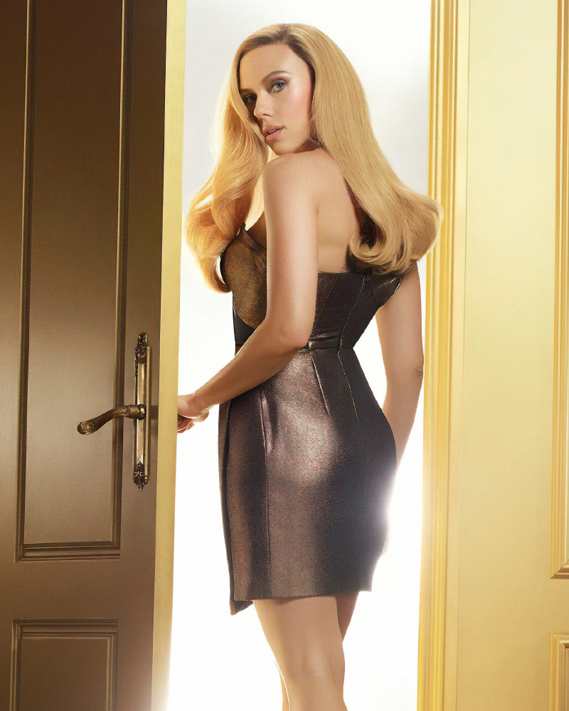 scarlett johansson fashion sexy blonde and golden photoshoot