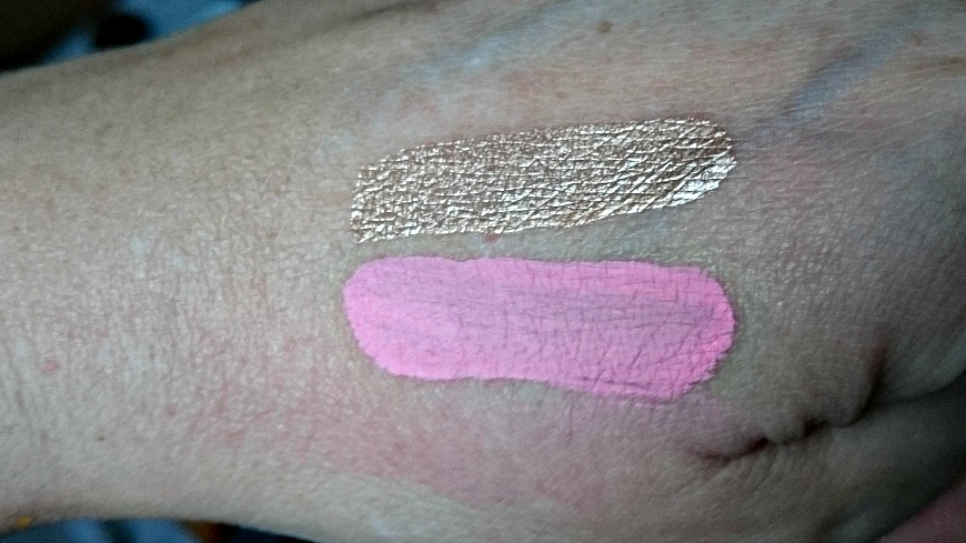 Stila All Over Shimmer Liquid Luminizer Swatch