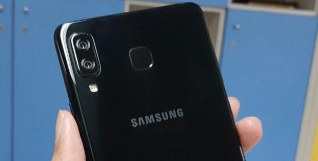 Spek Samsung A8