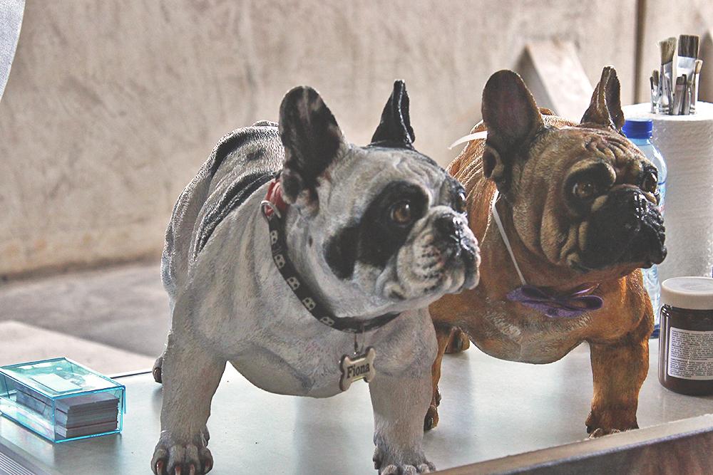 bonecos cães verdadeiros