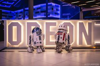 R2-D2, R5-D4, Central Legion, Odeon cinema