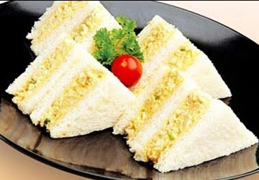 Sandwich Telur Dengan Mayonis Yang Amat Simple