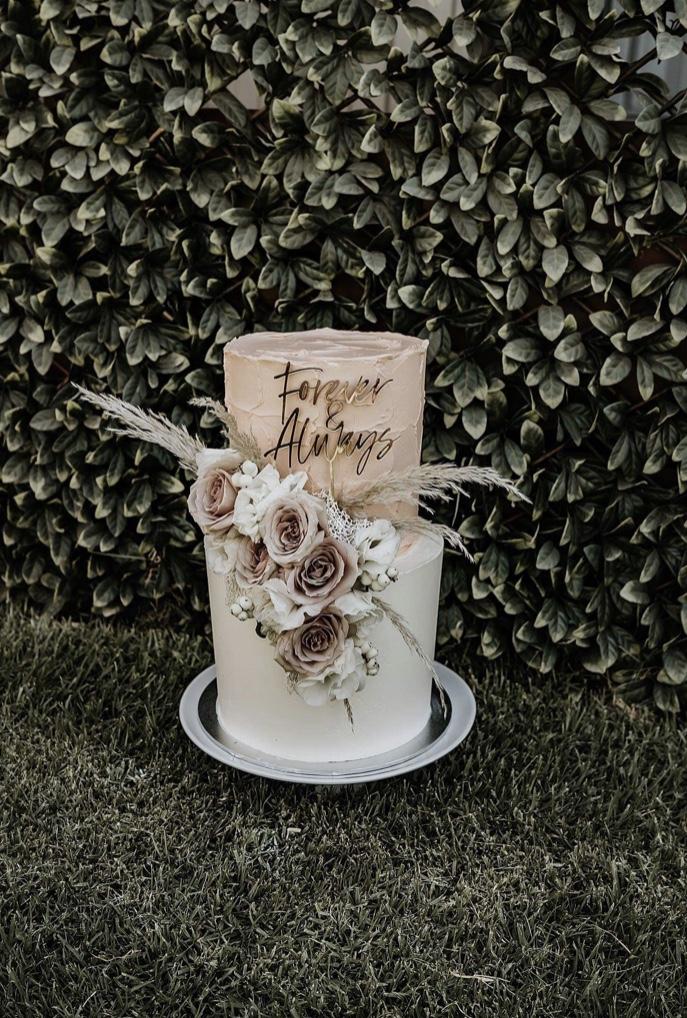 Q+A: ONE SWEET BAKER   WEDDING CAKE DESIGNER TATURA VIC