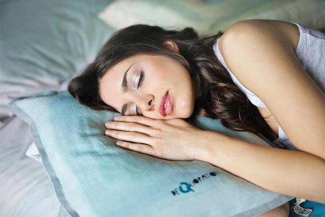 sleeping girl bed