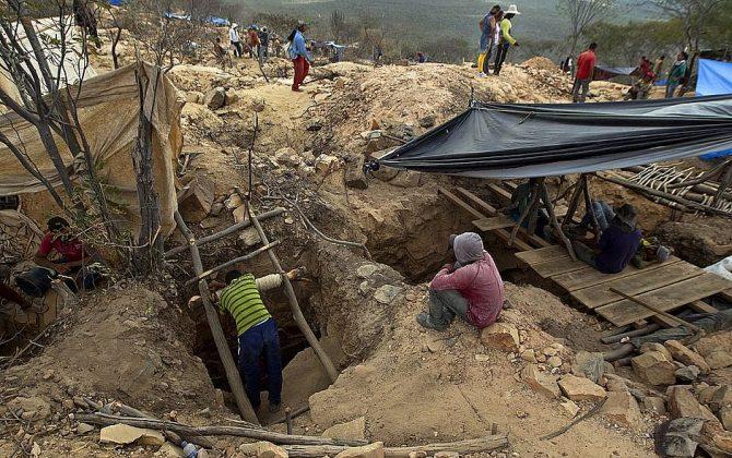 Desabamento de mina deixa mortos em Sento Sé, região Norte da Bahia - Portal Spy Noticias em Juazeiro, Petrolina e Região