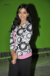 Nithya Shetty Latest Stills in Leggings at Padesaave Movie Team Interview ~ Celebs Next