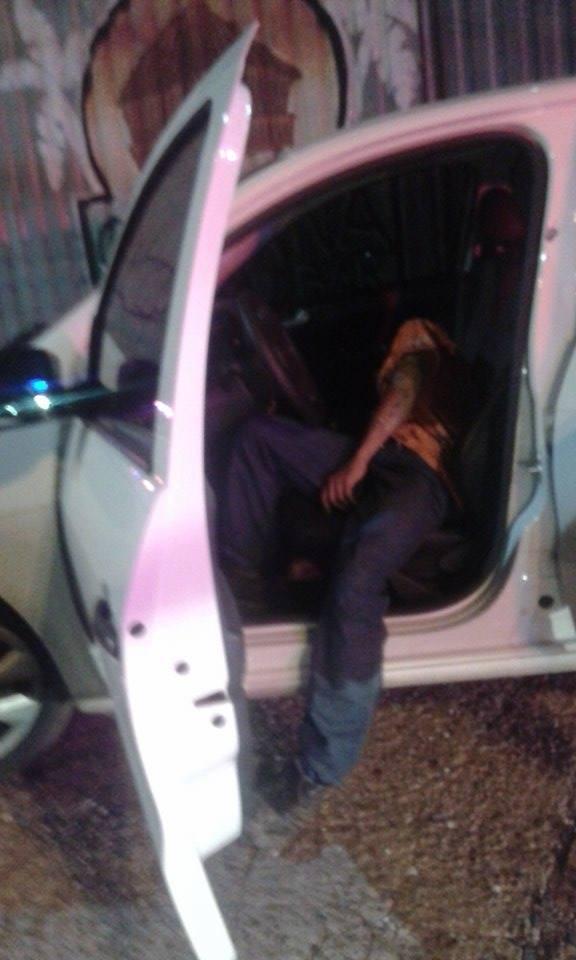 Assaltante morre em tiroteio