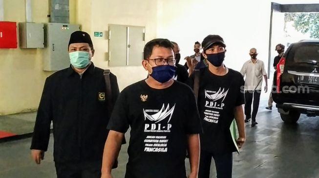 Resmi! Pakai Baju Sumbar PDIP, Pemuda Minang Laporkan Puan Marahani