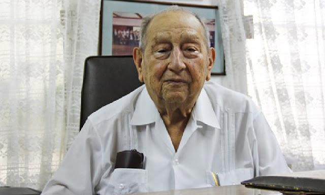 Falleció el abogado Renán Solís Avilés, Medalla al Mérito Jurídico 2011