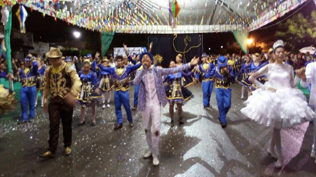Quadrilha Junina Estrela do Mac de Delmiro Gouveia é campeã em concurso de quadrilhas em Canapi
