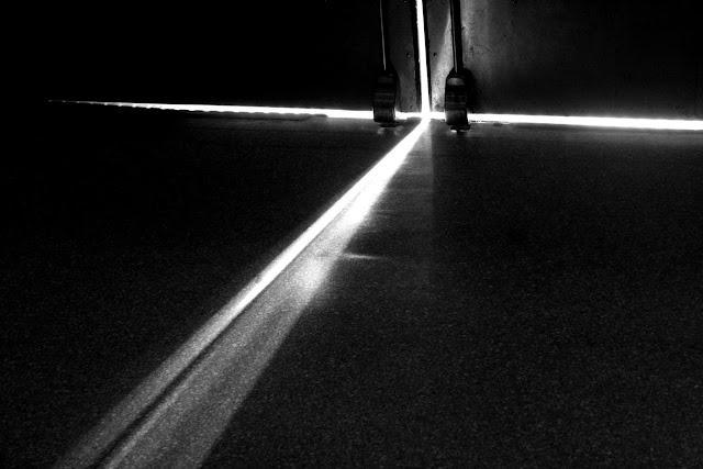 img_8977-copy-door-light.jpg