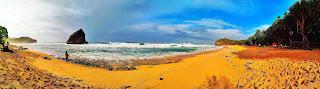 Keindahan Panorama Pantai Ngudel Malang Selatan