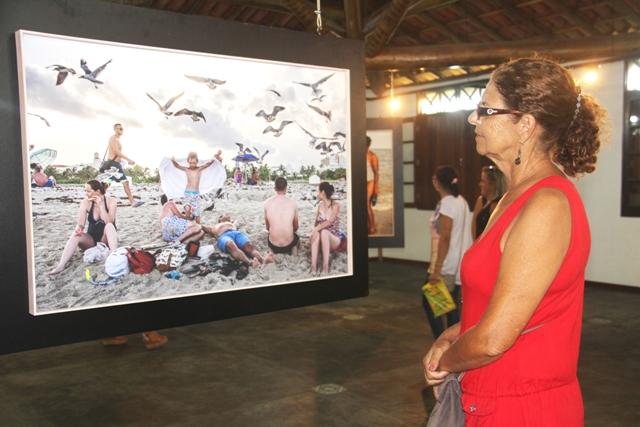 Exposição Beleza Americana permanece até 10 de abril no Espaço Cultural Plínio Marcos