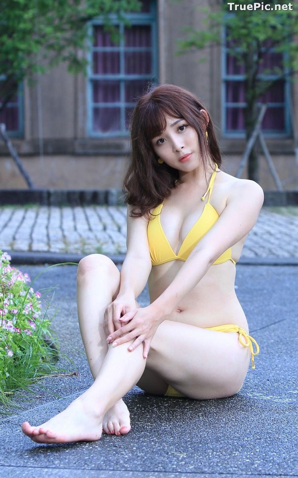 Image Taiwanese Model - Ash Ley - Yellow Bikini at Taipei Water Museum - TruePic.net - Picture-44