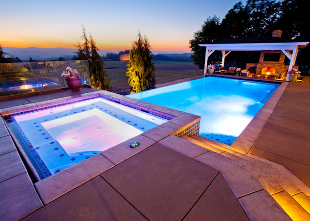 Modern Swimming Pool Builders