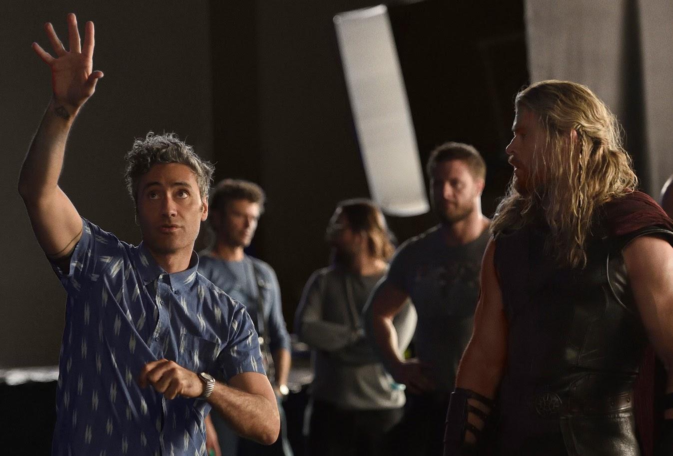 Guardians of the Galaxy Vol. 3 :「ガーディアンズ・オブ・ザ・ギャラクシー Vol. 3」の新監督の現実的な候補と目されていたタイカ・ワイティティ監督が、前2作よりも優れた映画を作ることができるフレッシュな新しい才能として、ジェームズ・ガン監督を推薦 ! !
