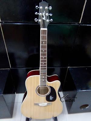 Bán đàn guitar Manticgiá 1 triệu 6 dành cho sinh viên