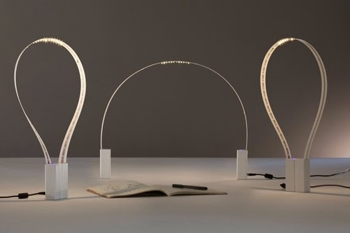 01-Flexible-LED-Desk-Lamp-Magnetic-Base-Fluida-Martinelli-Luca-Marco-De-Santi-Alessandro-Paoletti-www-designstack-co