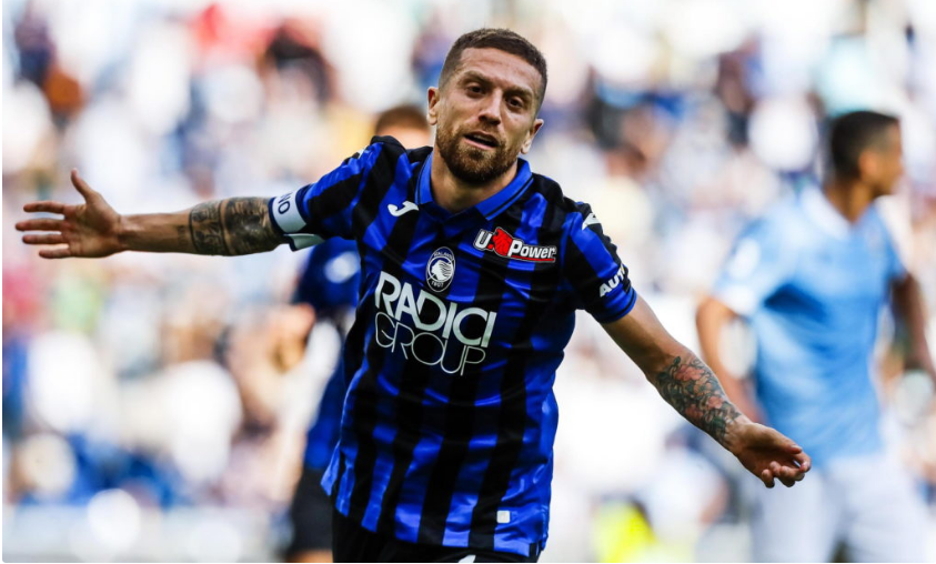 Atalanta captain Alejandro Gomez celebrates scoring at Lazio