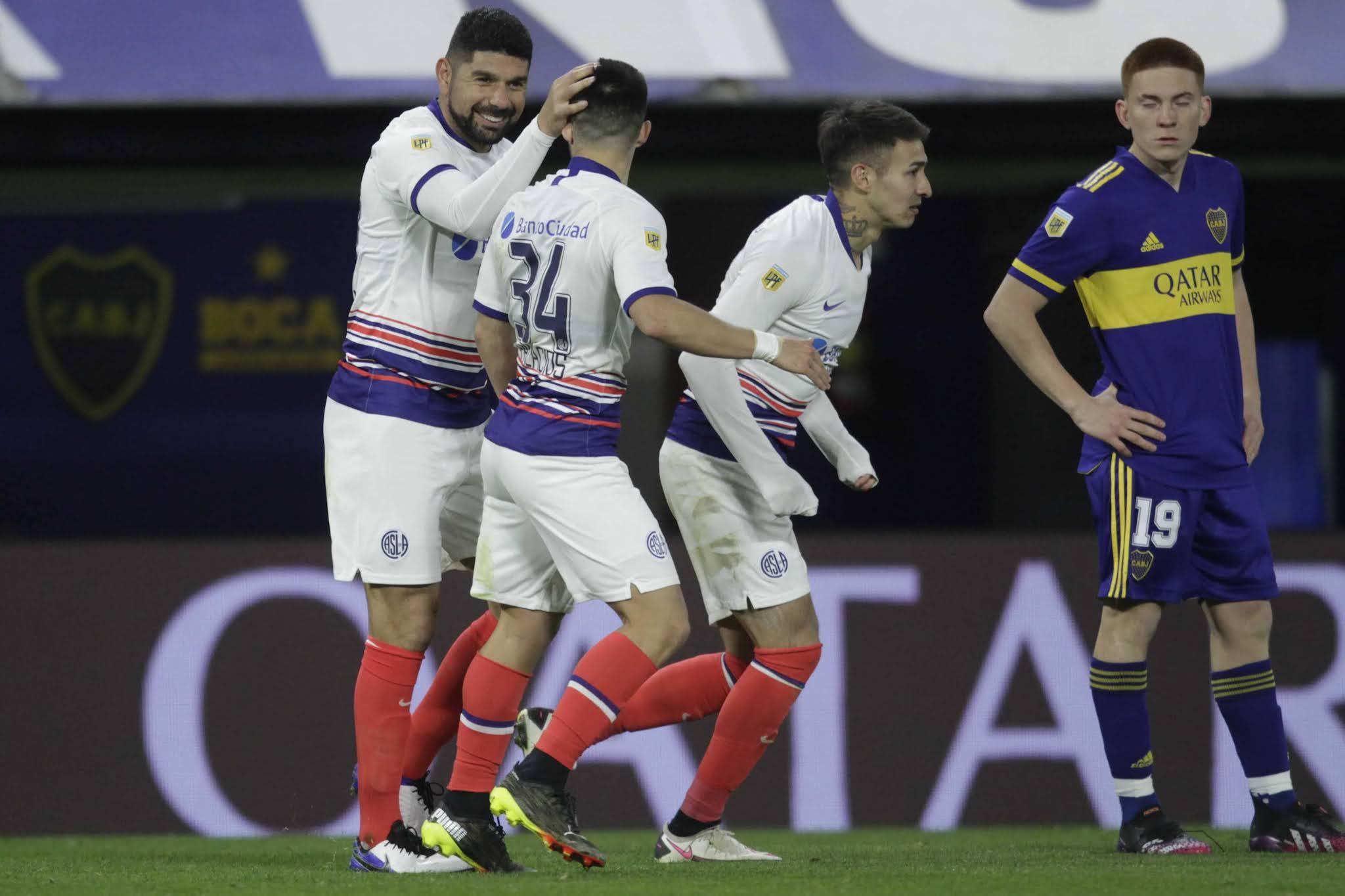 San Lorenzo venció a un Boca con muchos juveniles en La Bombonera