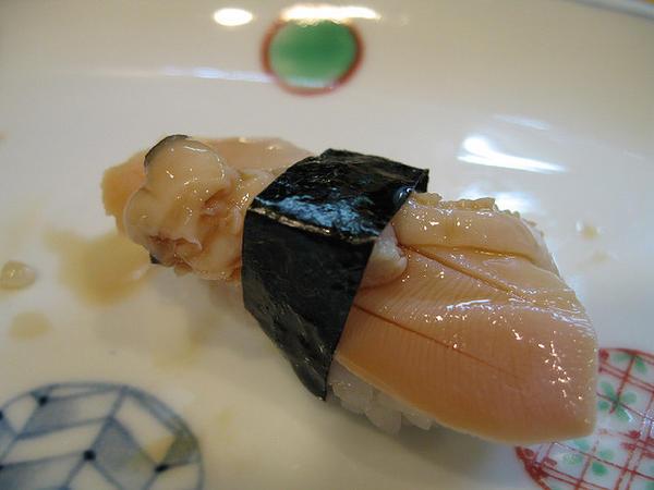 ซูชิหอยฮามากุริ (Hamaguri)