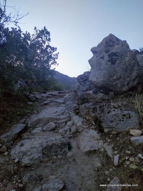 camino de subida a las Machotas
