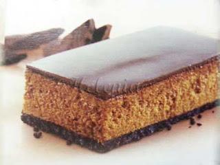"- печенье ""Орио"" - 3 пачки; - сахар - 2 ст . л; - масло сливочное - 125 г;"