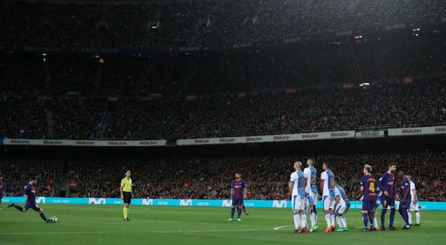 Messi Sang Master Tendangan Bebas