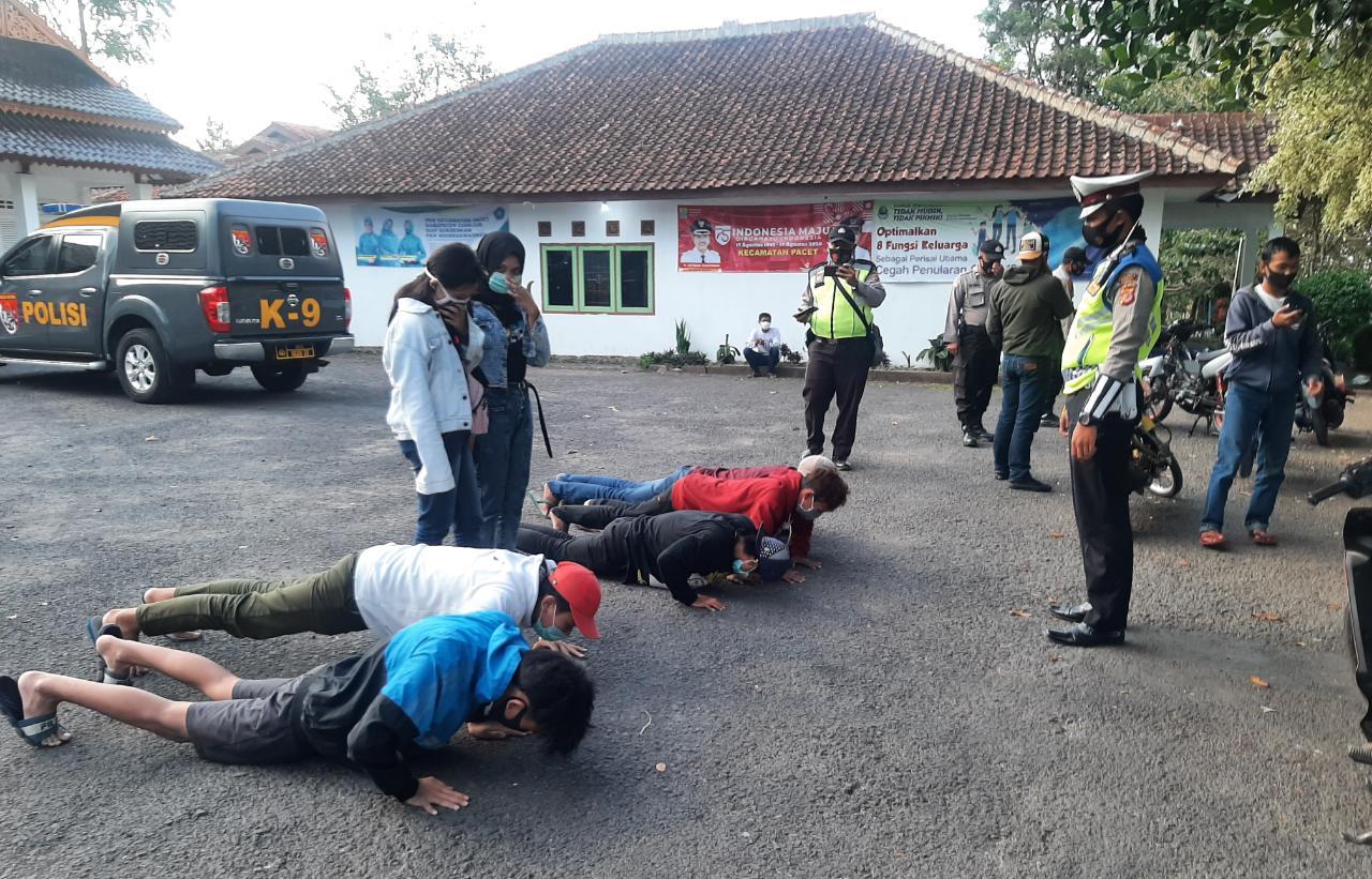 Puluhan Pengendara Motor Terjaring Operasi Yustisia Polsek Pacet