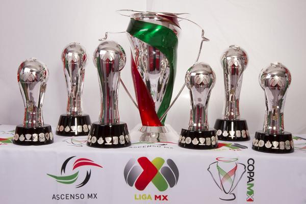 Los Trofeos Del Futbol Mexicano