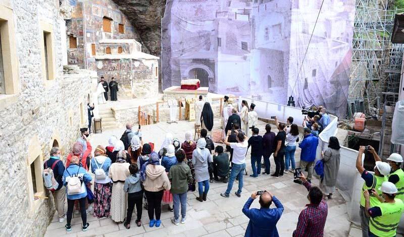 Οι Χριστιανοί επέστρεψαν και πάλι μετά από 5 χρόνια στην Παναγία Σουμελά στον Πόντο