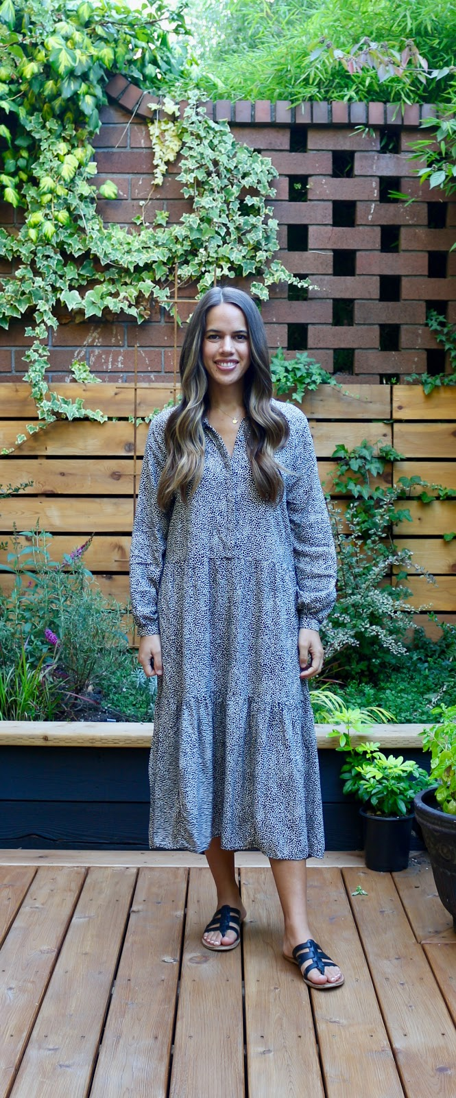 Jules in Flats - H&M Long Sleeve Midi Dress (Business Casual Workwear on a Budget)