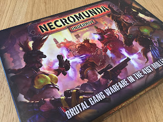 Necromunda: Underhive box, showcasing the fantastic cover illustration.
