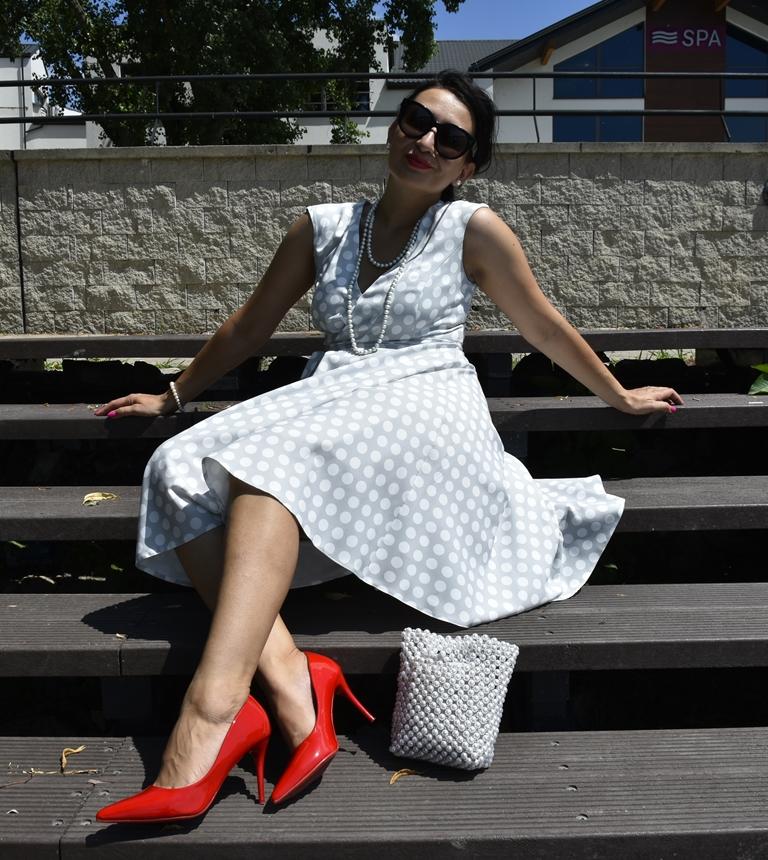 Celine Sunglasses, Czerwone Szpilki, Fashion, moda, My blog Birthday, Okulary Celine Audrey, Pearls, Perły, Polka Dot Dress, Red Heels, Rocznica, Sukienka w grochy, Urodziny Bloga