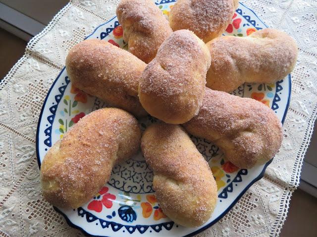 Tahitian Coconut Breakfast Rolls